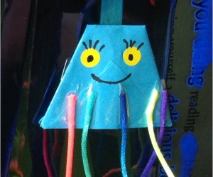 Blue Jelly Fish finger puppet made from Origami Paper Cup JPEG